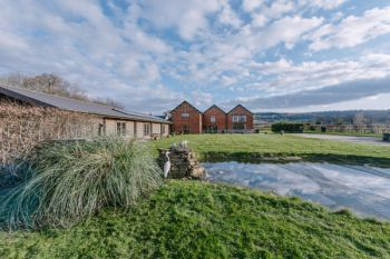 The Victorian Barn Self Catering Holidays with Pool and Hot Tubs, Dorset. - Dorset