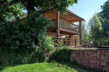 Sleeps 6 Holiday Rental with Hot Tub   in Near the Quantock Hills and Exmoor, South West, West Country