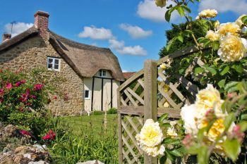 Thatched 3 Bedroom Country Cottage, Somerset, England