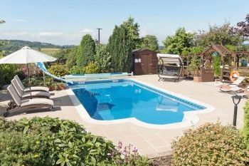 Foxhill Lodge with Pool, Devon, England