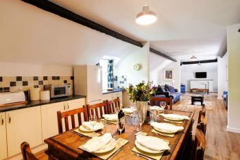 Corffe Cottages Number One - Devon