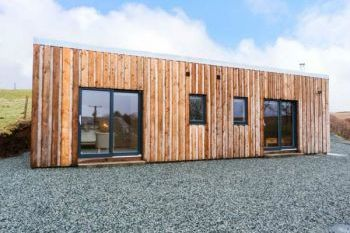 Stylish Cabin near Dunvegan, Isle of Skye, Scotland