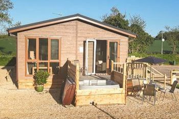 Sleeps 4 Hot Tub Cottage   in Cranborne Chase AONB, South West, West Country