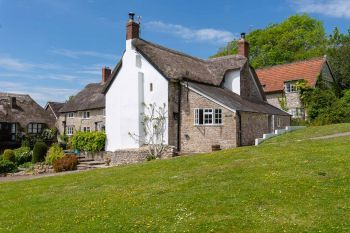 Cottage with king-size bed for 2 in South West, West Country, Blackdown Hills