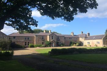 Accommodation with a large bed sleeps 2 in North England, Northumbrian Coast