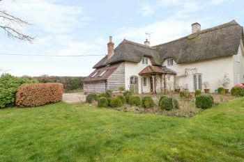 Cottage with Hot Tub Access   in South West, West Country