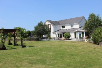 Sleeps 14 Holiday Rental with Hot Tub   in South West, West Country