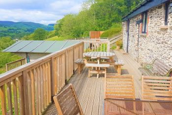 Cottage with Hot Tub Access   in Cambrian Mountains Mid Wales