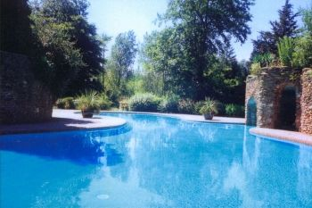 Accommodation with swimming pool for 2 in Devon, South West, South Hams
