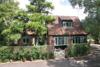 Cottage with leisure pool sleeps 2 in Between The Quantock Hills and Exmoor, West Country, South West
