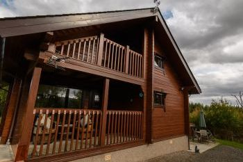 Sleeps 4 Holiday Rental with Hot Tub   in Moray Coast, Whisky Trail, Speyside