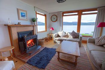 Loch-side Holiday Lodge with wonderful Sea Views, Argyll and Bute, Scotland