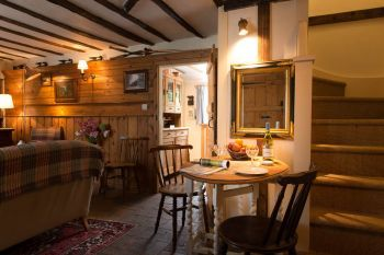 Cottages with a BBQ for 2 in East Anglia, Constable Country