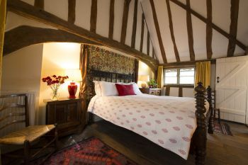 Romantic Character Cottage for Couples in one of Suffolk's prettiest villages, Suffolk, England