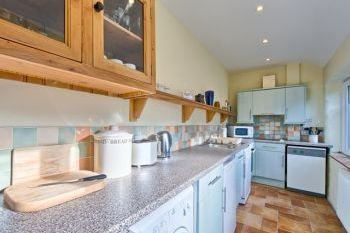 Cottage with barbeque for couples in West Wales