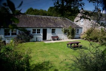 Accommodation with a large bed sleeps 2 in Dumfries & Galloway,  South West Scotland