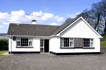 Smart Pet-Friendly Ring of Kerry Bungalow, Kerry, Ireland