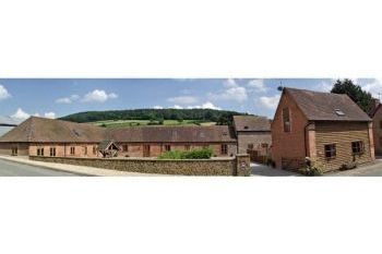 Sleeps 11 Holiday Rental with Hot Tub   in Heart of England