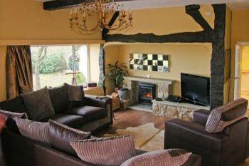 Seaview Dog-Friendly Cottage, Anglesey, Wales