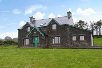 Dog-Friendly Coastal Cottage near Goleen, Cork, Ireland