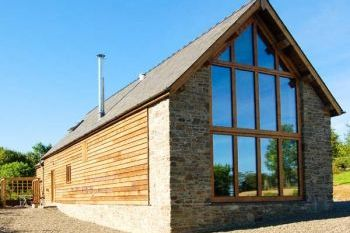 Stylish Romantic Converted Barn, Shropshire, England
