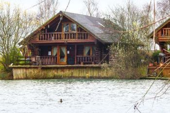 Woodpecker Timber Lodge, Lincolnshire, England