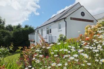 Halfpenny Holiday Cottage, Cornwall, England