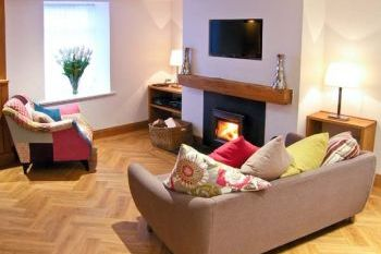 Quayside Holiday Cottage, Conwy, Wales