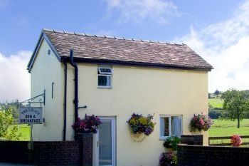 South Peak District Cottage sleeps 1-3, Derbyshire, England