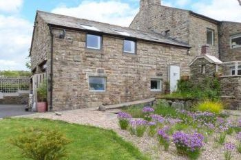 Cottage with barbeque for couples in The Lake District and Cumbria