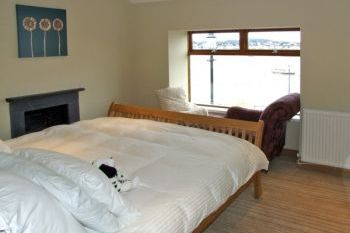 Dogs welcome for couples in Wales, Wales - Snowdonia, North Wales and Cheshire