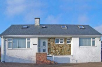 Pet-Friendly Coastal Cottage near Abersoch, Gwynedd, Wales