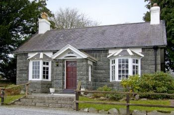 Cottage with barbeque for couples in Wales