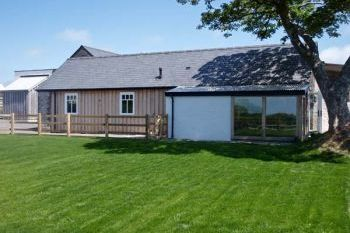 Farm cottage for 2 in Pembrokeshire and South Wales