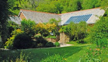 self-catering cottage in north Devon with use of heated swimming pool