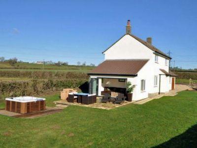 luxury cottage sleeps 4 Somerset
