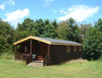 Warren lodges