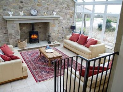 Self-catering country stone built cottage sleeps 12