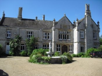 Dorset self-catering Manor House