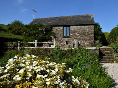 Romantic self-catering sleeps 2