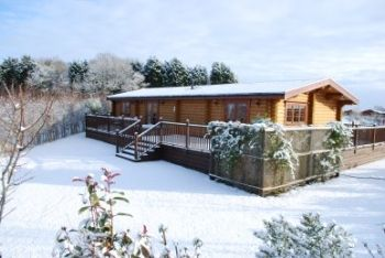 Eye Kettleby Lakes Log Cabins - Photo 4