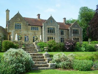 self-catering dorset large house with spacious sitting room