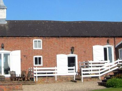 stayin a comfortable rural reetreat in Lincolnshire and relax