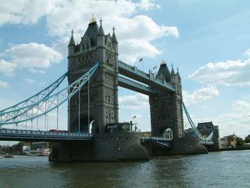 Self-catering holidays and accommodation in London